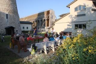 Kunsthof: Abendlicher Kräuter- und Erlebnisgarten