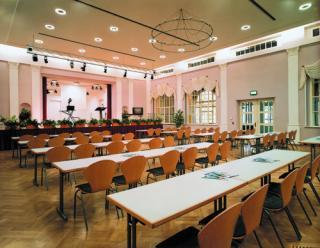 Tagungsbestuhlung im Dr.-Tolberg-Saal © Frank Preiß