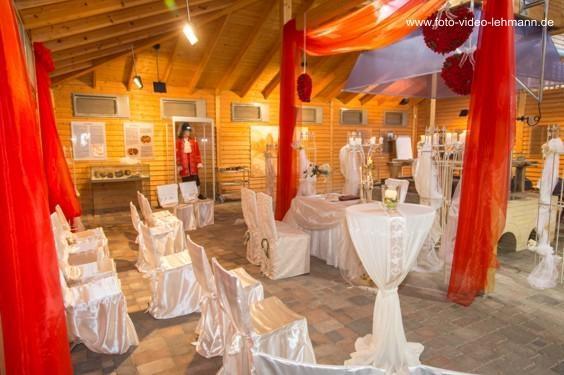 06_Hochzeitsdekoration im schausiedehaus©Foto Video Lehmann.jpg
